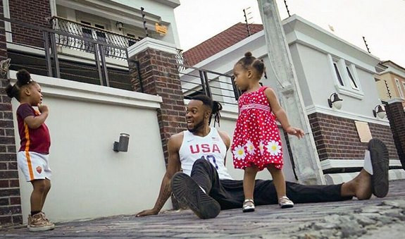 Flavour and daughters, Sophia and Gabriella