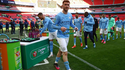 FIFA give City's Laporte green light for Spain switch