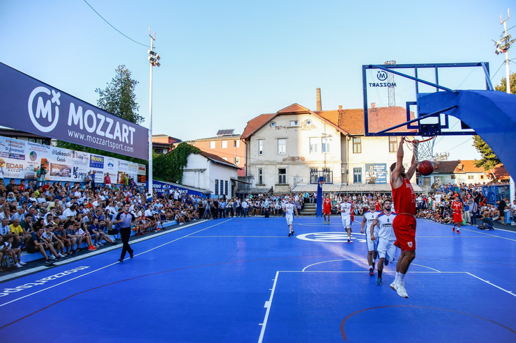 Otvaranje jubilarnog 50. obnovljenog košarkaškog terena Dragan Kićanović u Čačku