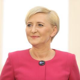 Pierwsza dama w Dniu Kobiet. Agata Kornhauser-Duda znów zachwyciła swoim stylem