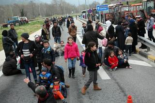 Grecja: 5 tysięcy uchodźców zgromadzonych przy granicy z Macedonią