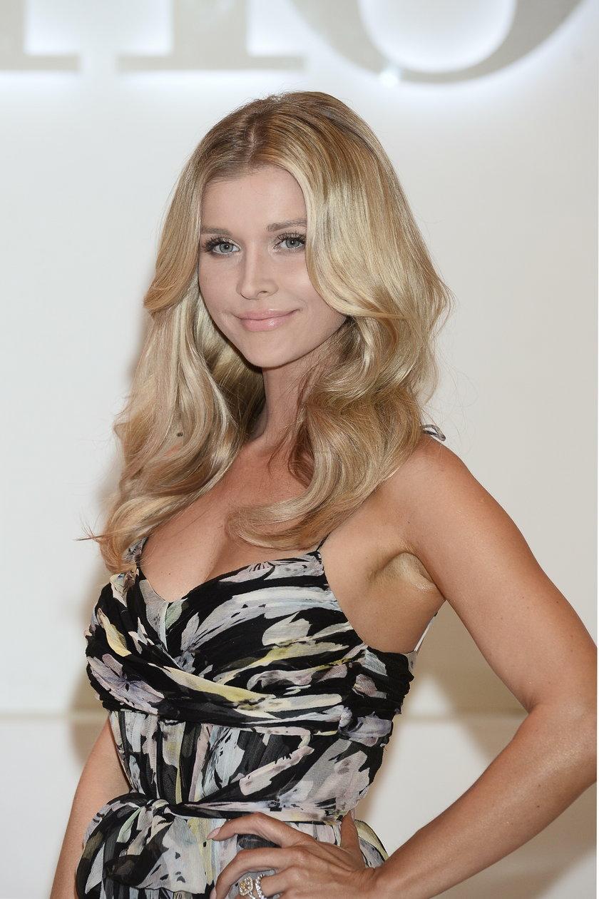 Joanna Krupa na nagraniu Top model