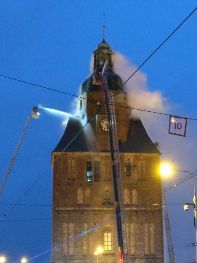 Co dalej z katedrą? Pożar strawił wiele