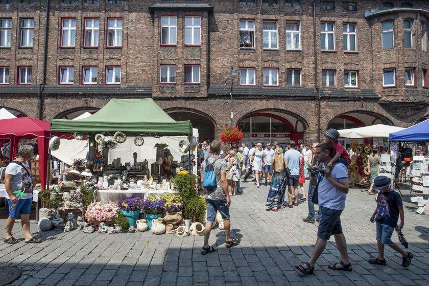 Katowice. Jarmark na Nikiszowcu z okazji św. Anny