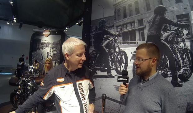 Rob Lindley z Harleya-Davidsona w rozmowie z Wojciechem Grzesiakiem