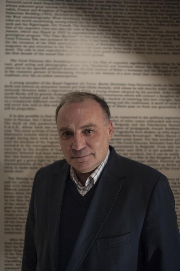 Aleksandar - Saša Erdeljanović, direktor arhiva Jugoslovenske kinoteke na izložbi posvećenoj Ivanu Petroviću