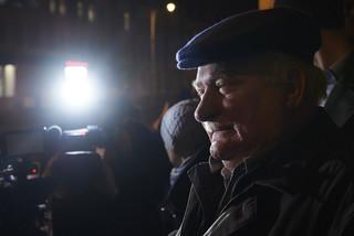 W Gdańsku manifestacja 'Wolne sądy'. Przyszedł Lech Wałęsa