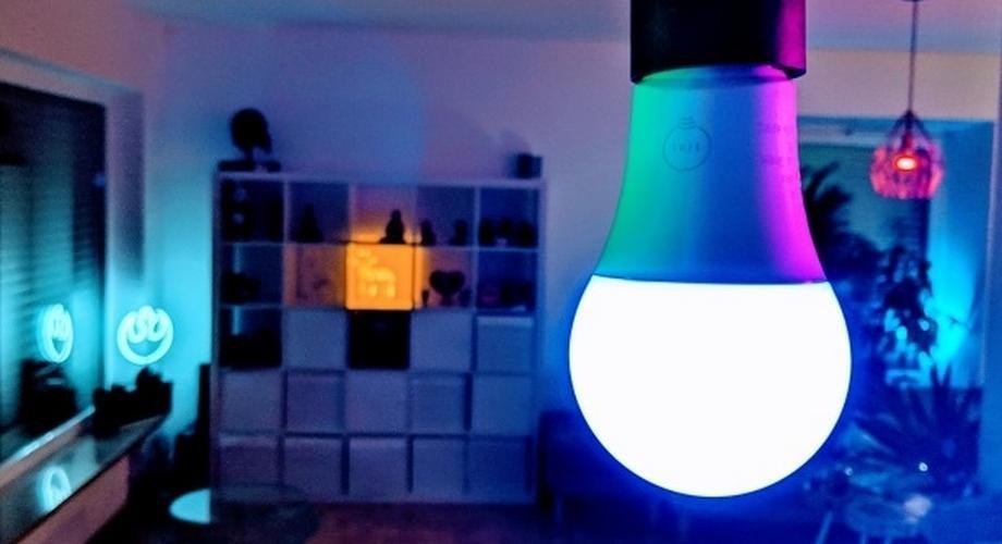 Tint Müller-Licht: Smarte Aldi-Lampe im Test