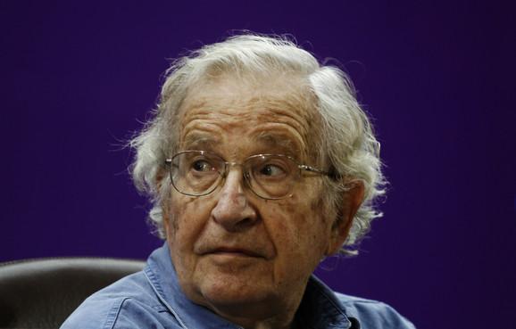 Noam Čomski
