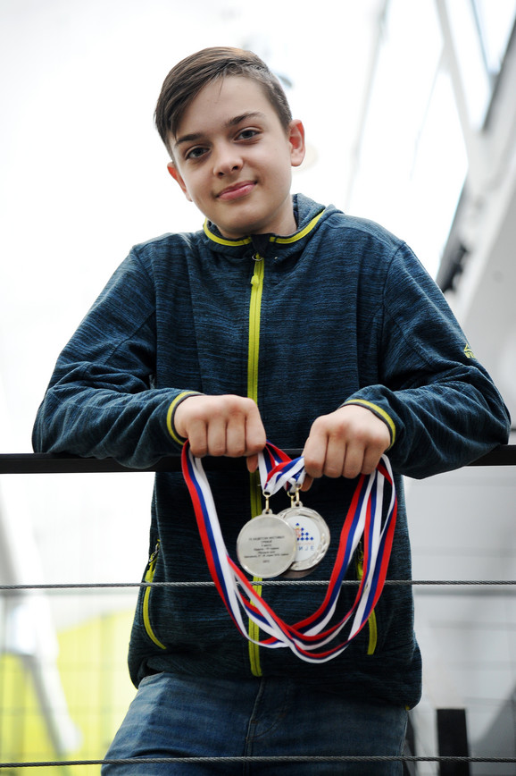 Vuk Damjanović sa medaljama