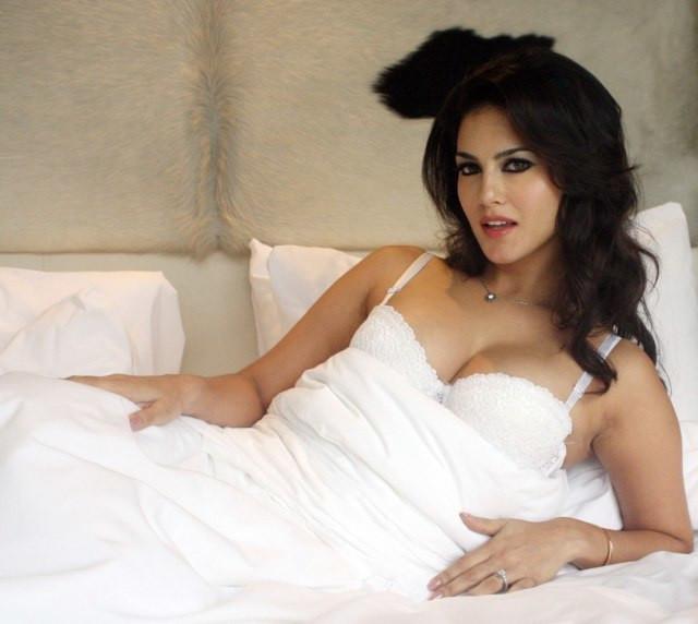 Bollywood aktorki filmy erotyczne