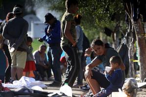DANIMA BEZ HRANE I VODE Devojčica (7) UMRLA na granici Meksiko-SAD