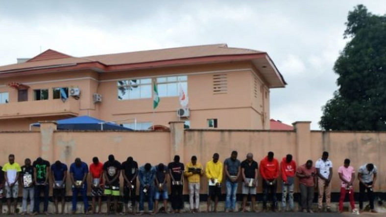 An illustrative photo of suspected Yahoo Boys arrested by the EFCC (Punch)