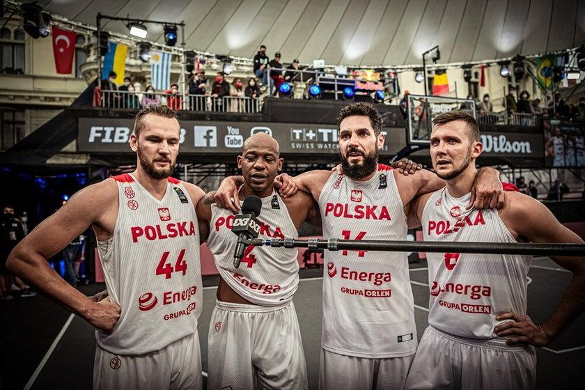 Polska wygrała 20:18 z Łotwą w ostatnim meczu kwalifikacji olimpijskich w koszykówce 3x3 rozgrywanych w Grazu i awansowała na tegoroczne igrzyska w Tokio.