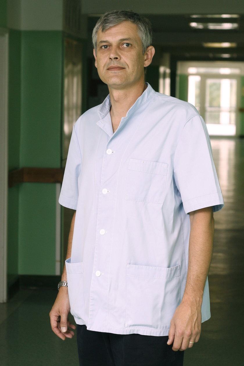 dr Krzysztof Kołtowski
