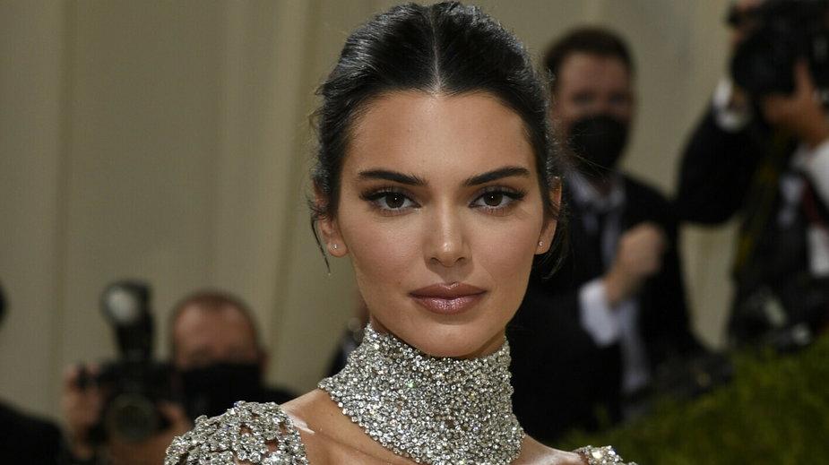 Kendall Jenner w seksownej sukience na Met Gala 2021!