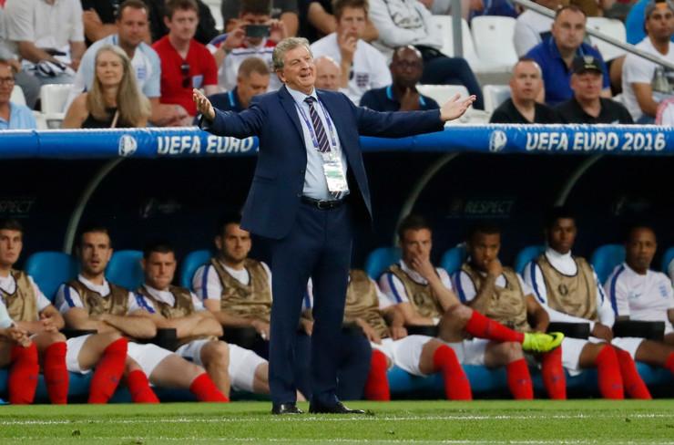 Fudbalska reprezentacija Engleske, Fudbalska reprezentacija Rusije
