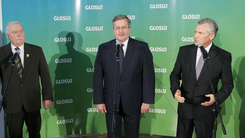 Lech Wałęsa, Bronisław Komorowski i Alesander Kwaśniewski, fot. PAP/Paweł Supernak