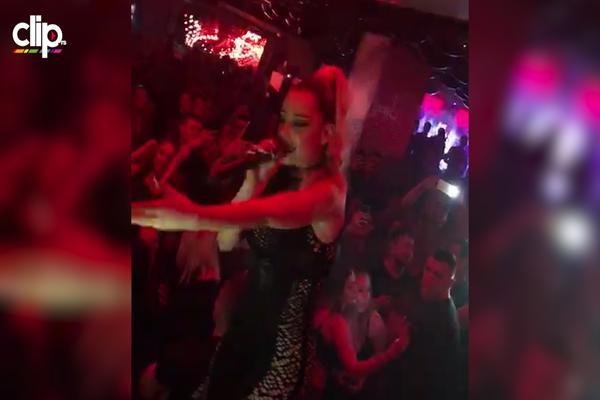 IZDOMINIRALA: Naša pevačica zapalila Frankfurt, a svi pričaju o NJENOM STAJLINGU! (VIDEO)