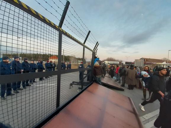 Migranti žele da uđu u Mašarsku