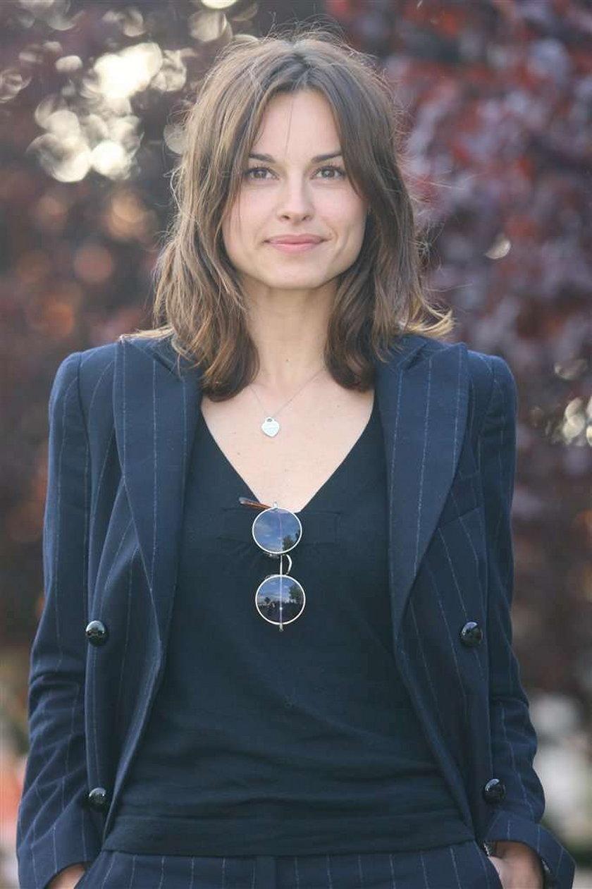 Katarzyna Smutniak dostała propozycję pracy w serialu. Modelka, która w czerwcu straciła swojego parta życiowego Pietro Taricone, zagra najprawdopodobniej we włoskiej produkcji
