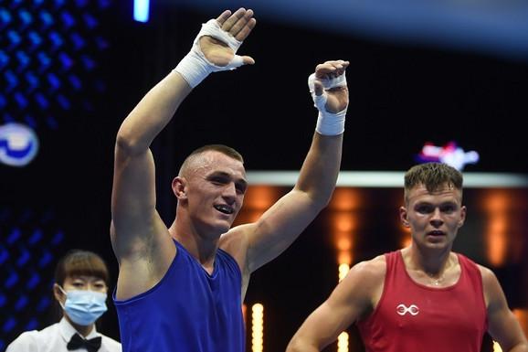 NESTVARAN POČETAK SRBIJE NA SVETSKOM PRVENSTVU Tri boksera i tri ubedljive pobede, fenomenalna podrška na tribinama Arene
