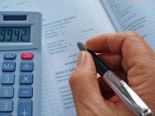 Aż 44 proc. firm źle ocenia codzienną pracę z dokumentami finansowymi