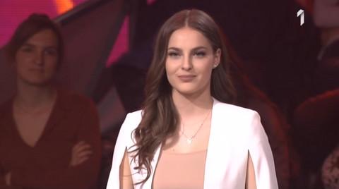 """Džejla Ramović važi za favorita u """"Zvezdama Granda"""": Pogledajte kako izgledaju njene sestre koje takođe pevaju! VIDEO"""