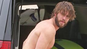 Liam Hemsworth bez koszulki. Nadal hot?