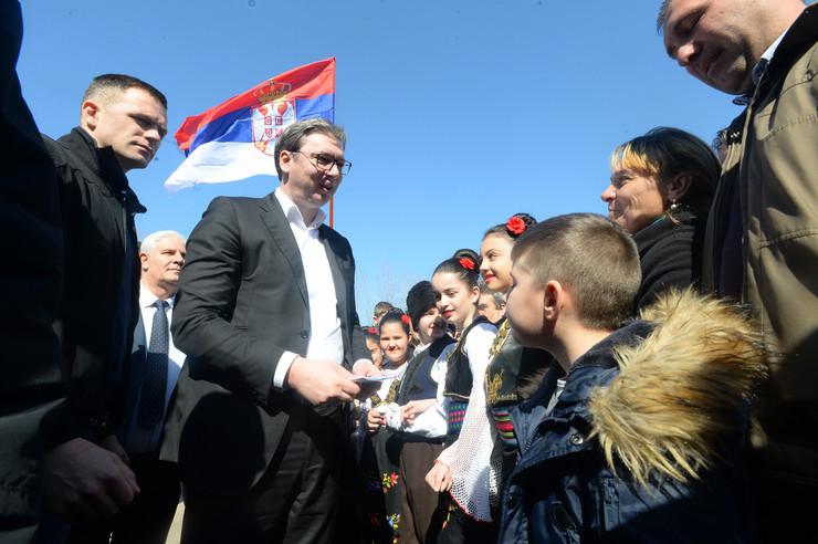 Aleksandar Vučić, Bojnik, Budućnost Srbije, Kampanja