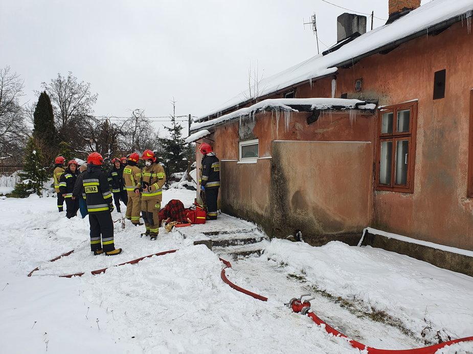 Niegroźny pożar przy ul. Przestrzennej w Łodzi
