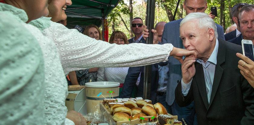 """Przez rok jeździł za Kaczyńskim po Polsce. Był świadkiem, jak na jednym z pikników zrobiło się niewesoło. """"Widziałem jego półprzytomny wzrok"""""""