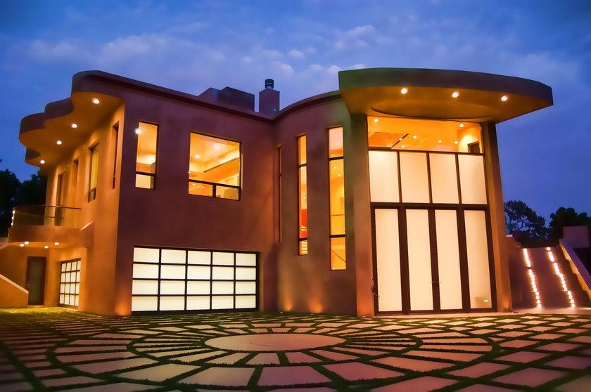 Dom Rihanny
