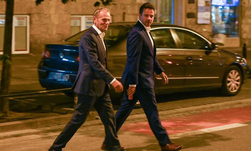 Donald Tusk i Rafał Trzaskowski.
