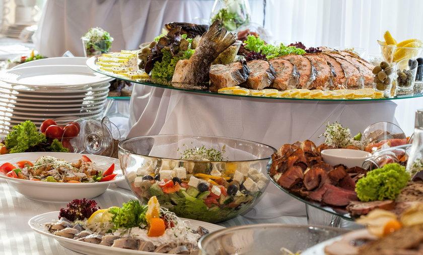 17 osób zaraziło się salmonellą wesele w jednym z lokali gastronomicznych w powiecie niżańskim