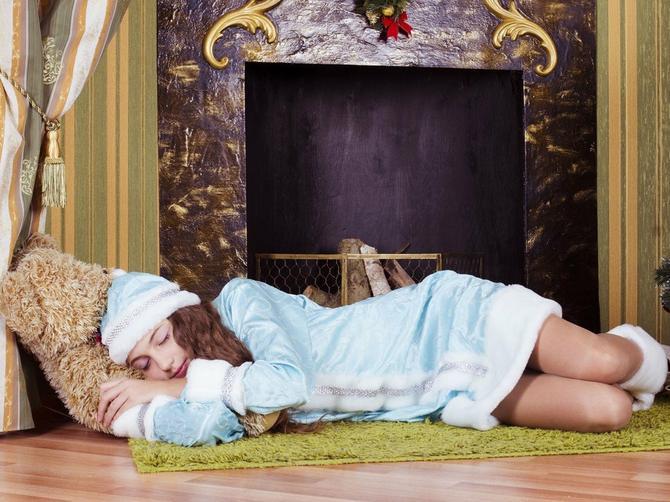 U novogodišnjoj noći ispod jastuka OBAVEZNO STAVITE ŠPIL KARATA: Ako ujutro izvučete KARO, evo šta vas čeka u 2018. godini