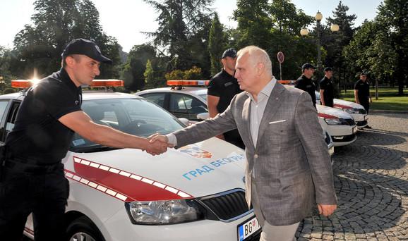 Goran Vesić sa komunalnim milicajcima