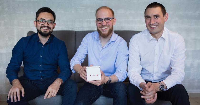 Założyciele CardioCube: Tomasz Jadczyk, Oskar Kiwic i Przemek Magaczewski (od lewej)