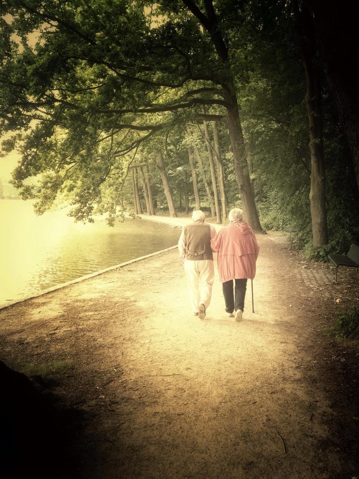 Baka i deka, šetnja