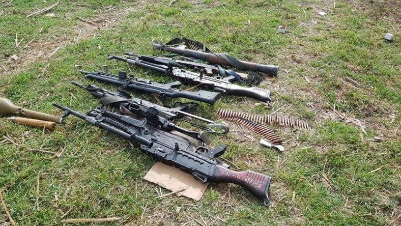 Weapons recovered from Boko Haram terrorists [Facebook/HQ Nigerian Army]