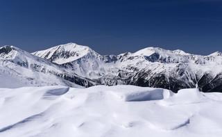 Ostrzeżenia przed lawinami w górach i intensywnymi opadami śniegu na południu Polski