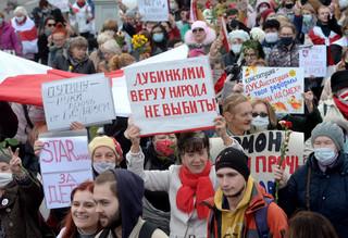 Białoruś: Duży protest przeciw Łukaszence w Mińsku. Udział wzieli emeryci i studenci