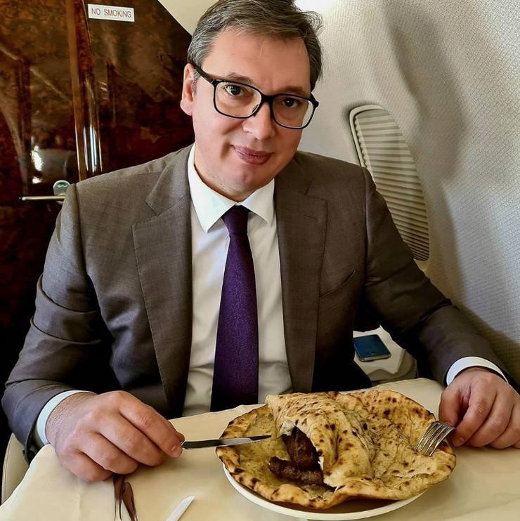 Aleksandar Vučić sarajevski ćevapi