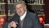 """88-letni Pieczka ma nową rolę. Odejdzie z """"Rancza""""?"""