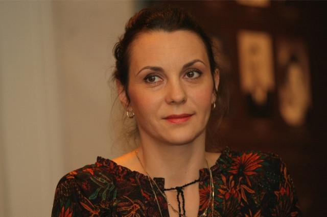 Nada šargin igra fatalnu ženu iz varošice u istočnoj Srbiji