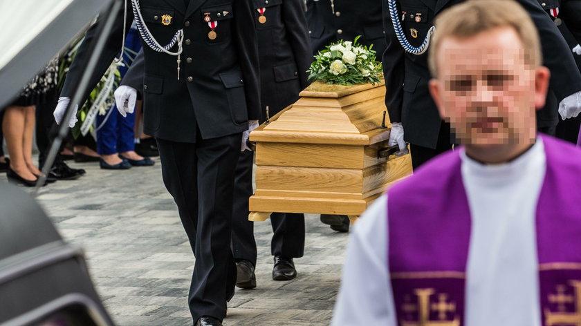 Pogrzeb dzieci utopionych w Darłówku