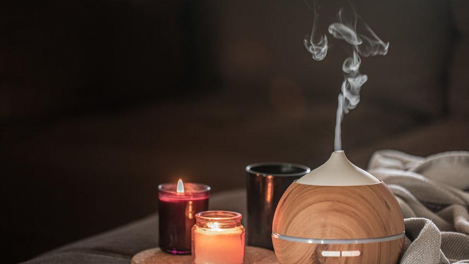 Naturalne olejki eteryczne, które poprawiają samopoczucie