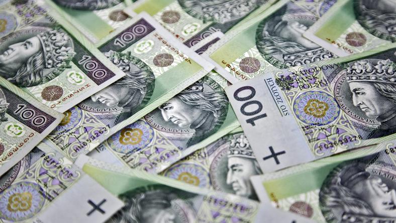Podwyżki mają wynieść 7,7 mln złotych