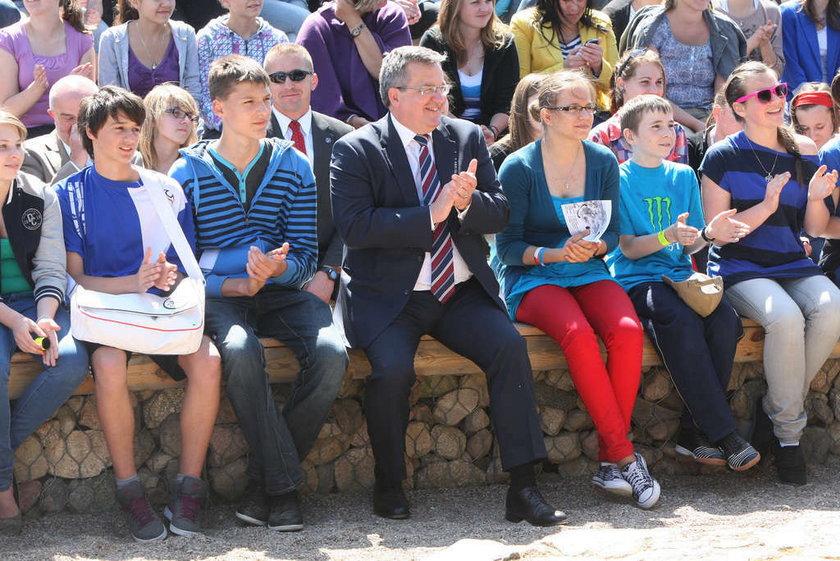 Wizyta prezydenta Komorowskiego w wiosce garncarskiej