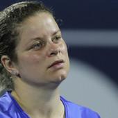 MAMA SE VRATILA! Posle sedam i po godina, NEKADA PRVA teniserka sveta ponovo na terenu! I dobro se držala! /VIDEO/